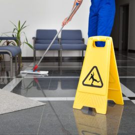 The Long-term Benefits of Hiring a Commercial Cleaning Company